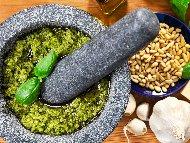 Рецепта Босилекова паста - Песто Дженовезе (сос Песто)